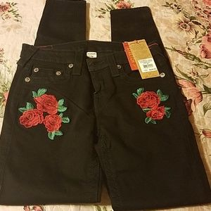 NWT True Religion Super Skinny Rose Embroidered
